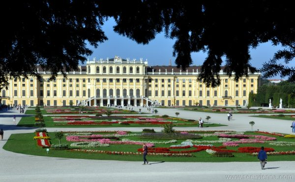 Vienna Schonbrunn Tour Privati