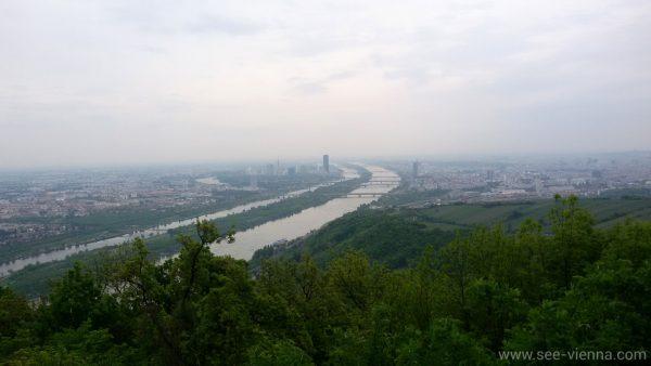 Wien Aussicht uber die Donau Wanderung Wienerwald