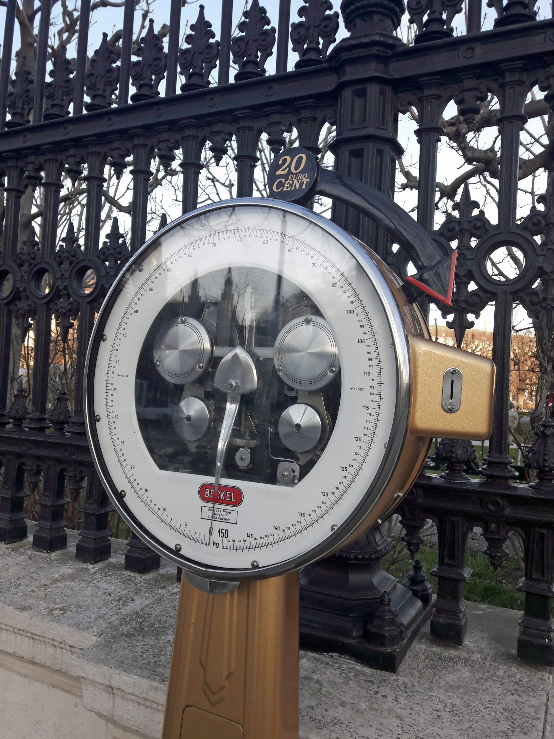 Personal scale Vienna